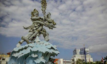 Mistis Patung Simpang Siur Bali